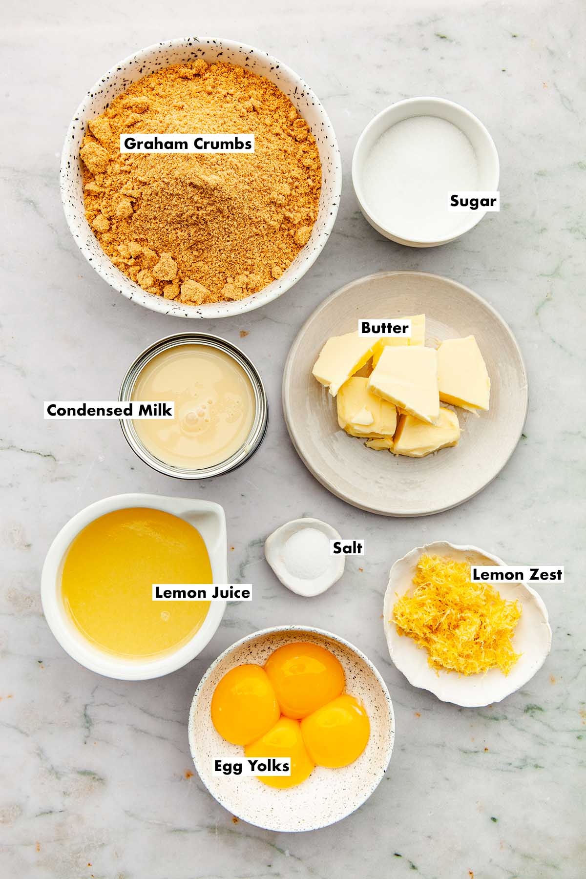 Ingredients to make condensed milk lemon slices.